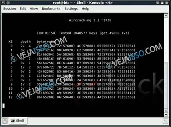 Tela do AirCrack para decifrar senha wireless - Apos juntar os pacotes o PC vai tentar adivinhar a senha por isso quanto mais pacote mais facil para descobrir senha wifi WPA